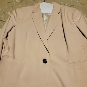Mauve color blazer